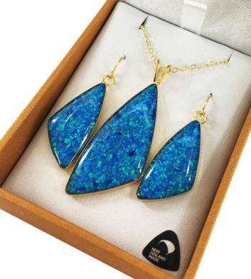 Paua Shell Gold Pendant & Earrings Set